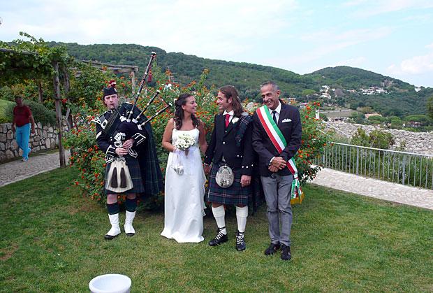 Matrimonio In Kilt : Scozzesi al circeo foto del giorno corriere roma
