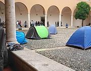 Le tende nel chiostro di San Pietro in Vincoli il ottobre (foto da Studenti e Ricercatori di Ingegneria)