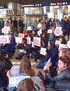 Un momento del flashmob a Termini (foto De Santis)