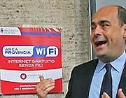 Nicola Zingaretti indica uno dei 300 hot spot