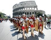 Legionari in marcia nel luglio 2007 (foto Eidon)