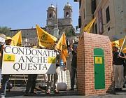 Una manifestazione contro i condoni a Roma