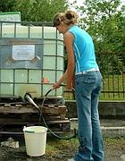 Un distributore di acqua potabile