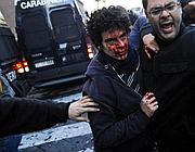 Lo studente ferito (Ansa)