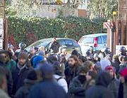 Studenti davanti al tribunale di Roma in attesa dei verdetti (Proto)