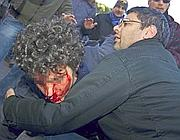 Cristiano soccorso da Francesco Caruso (Ansa)