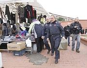 Agenti portavo via il pacco  dalla metro B (Proto)