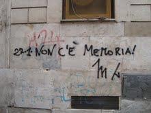 La scritta contro il giorno della memoria a Roma (Omniroma)