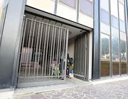 L'ingresso della palazzina dell'Immobiliare Ten della famiglia Totti (Jpeg)