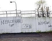 Scritte contro i giocatori della Roma a Trigoria (Bartoletti)