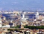 Una panoramica di Roma (Foto La Presse)