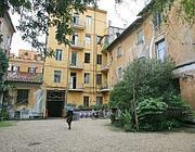La casa al 51 di via Margutta di proprietà dell'Ipab (foto Jpeg)
