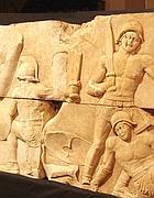 Particolare del basso rilievo dei gladiatori a Lucus Feroniae
