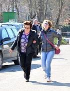 la madre e la sorella di Tamara Sperandini (Ansa)