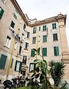 La casa all'Aventino, in via Bramante dove avrebbe vissuto per 15 anni la Polverini (Jpeg)