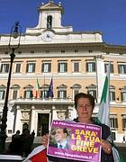La protesta viola a Montecitorio (Eidon)