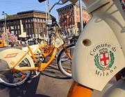 Bike sharing a Milano (Fotogramma)