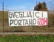Dal sito Romadaily: uno striscione copntro il campo di Castelnuovo