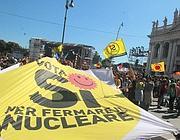 Al concerto striscioni contro il nucleare (Ansa)