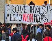 Una protesta contro i test Invalsi nel maggio scorso