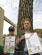 Una protesta degli abitanti (Proto)