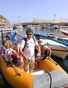 Salvatore di Terra Maris parte con i turisti per S.Stefano