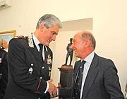 l gioielliere Eleuteri con il comandante dei Carabinieri Mezzavilla (Proto)