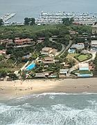 Una veduta dall'alto delle ville sulle dune di Sabaudia