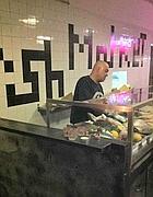 Il bancone del pesce al Fish Market