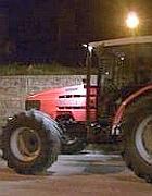 Un trattore rubato e recuperato dai carabinieri al Nord