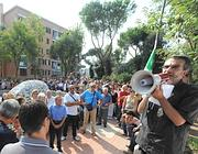 Il parroco don Stefano alla manifestazione di San Basilio (foto Proto)