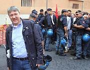 Il leader Fiom Landini a Montecitorio (Infophoto)