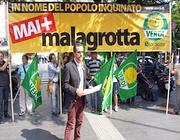 Una protesta contro le nuove aree per Malagrotta