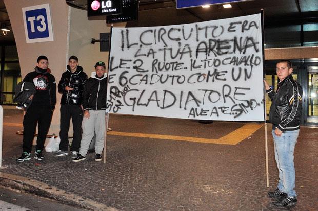 Aereo Privato Di Valentino Rossi : L ultimo saluto a «sic foto del giorno corriere roma