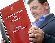 Il rapporto sugli abusi sessuali nella Chiesa in Irlanda (foto Ap)