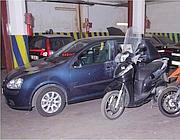 Nel box anche scooter e moto rubate (Proto)