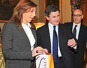 Vattani insieme al sindaco Alemanno e alla moglie Isabella Rauti