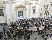 La folla a S.Apollinare per Emanuela (Proto)