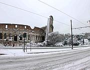 Neve al Colosseo sabato mattina (foto Zanini)