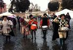 Carnevale - Inaugurato nonostante il maltempo il Carnevale romano a Piazza del Popolo (Omniroma)