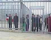 Immigrati detenuti dietro le sbarre nel Cie di Ponte Galeria (Capone-Cucinotta)