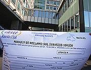 Il modulo per la richiesta di rimborsi da inoltrare ad Acea (foto Eidon)