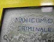 Un graffito significativo sul muro di un tunnel