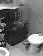 Valige in bagno nella «casa» del radiologo
