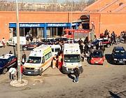 Ambulanze alla stazione Eur della Roma-Lido il 12 marzo (Omniroma)
