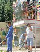 Pulizie nel 2008, quando si pensava che il Luneur avrebbe riaperto in pochi giorni (Eidon)