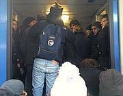 Calca su treno pendolari alle porte di Roma