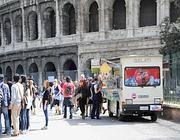 Camionbar davanti al Colosseo (Proto)