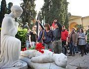 Fiori per i caduti partigiani (Eidon)
