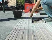 Operai al lavoro per riparare i danni della pioggia (Cucinotta)